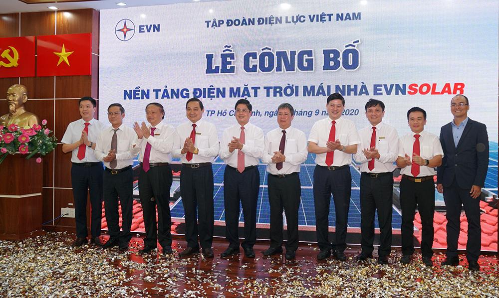 EVNFinance đồng hành cùng Tập đoàn Điện lực Việt Nam xây dựng nền tảng điện mặt trời mái nhà EVNSOLAR
